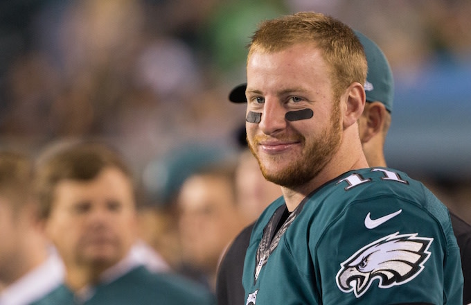 carson-wentz-leaves-huge-tip-at-north-da