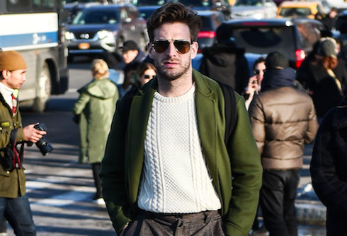 25-things-men-should-never-wear-christmas-mom-sweater