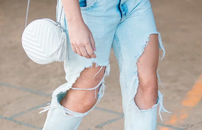 Cut Out Jeans Twitter Reacts