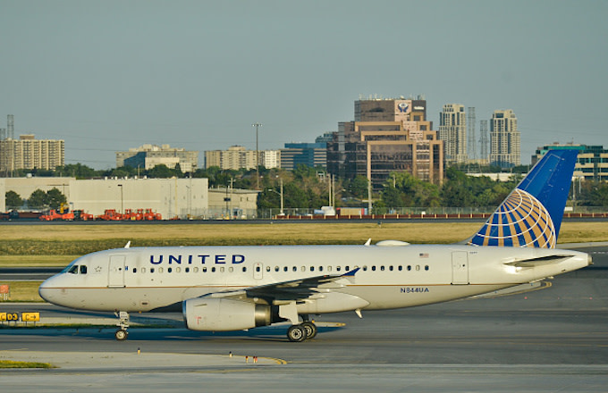 United plane at Toronto Pearson International Airport.