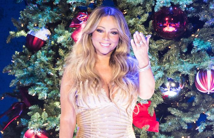 Mariah Carey Christmas Album Cover.Mariah Carey S 23 Year Old Classic Christmas Song Finally