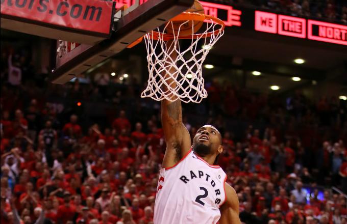 Kawhi Leonard #2 of the Toronto Raptors dunks