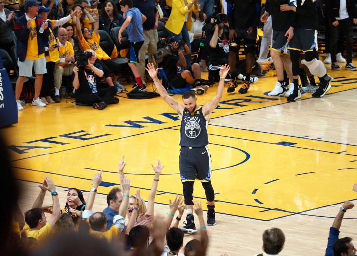Steph Curry Warriors Game 2 NBA Finals 2018