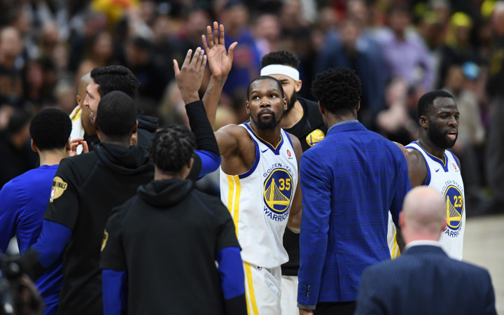 kevin Durant High Five Game 3 NBA Finals 2018