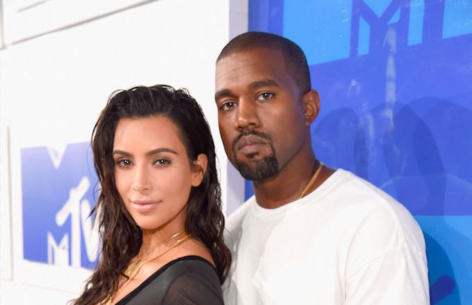 Kardashian dating Drake