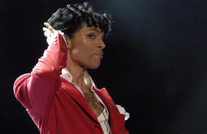 Prince performs at the 10th Anniversary Essence Music Festival