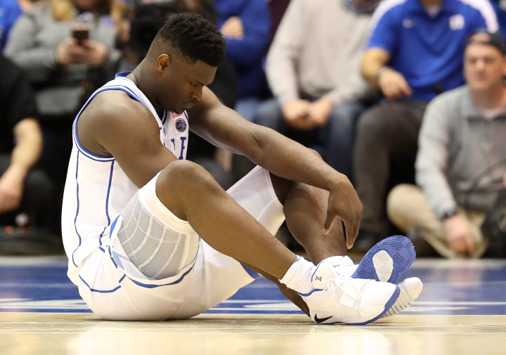 245d85164ea Twitter Showed No Mercy After Zion Williamson Blew Out His Sneakers