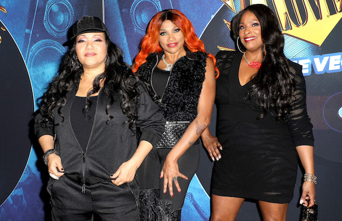 7029f16e8a DJ Spinderella Claims Salt-N-Pepa Sent Her 'Termination' Email Ahead of  Group's Tour