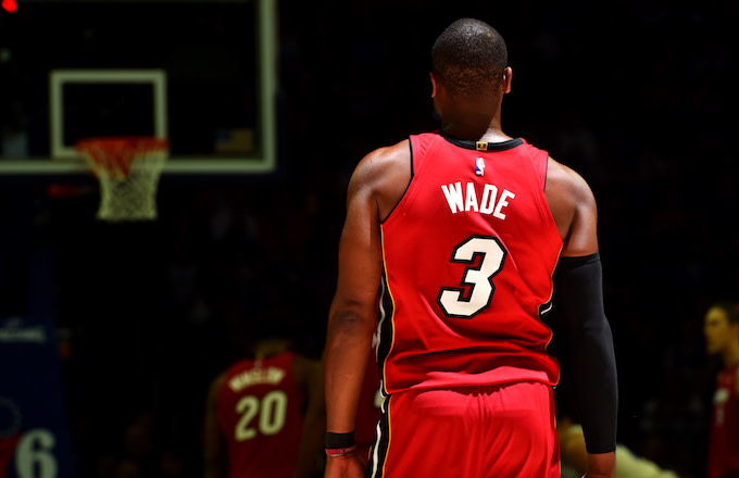 Here's How Dwyane Wade Will Decide to Retire or Sign With