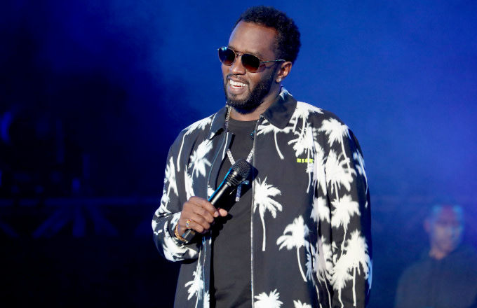 Diddy References Suge Knight During Snoop Dogg Dance-Off | Complex
