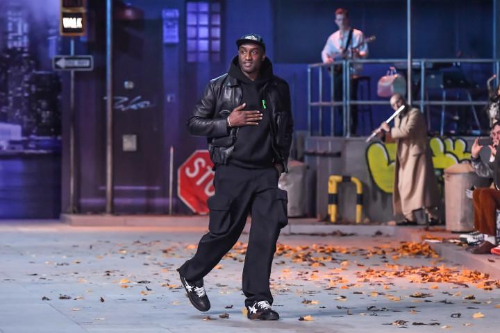 Virgil Abloh Louis Vuitton Paris Fashion Week 2