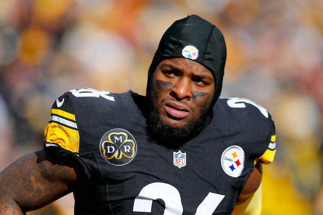 This is a picture of Le'Veon Bell.