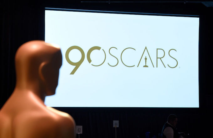 Oscar statue 90