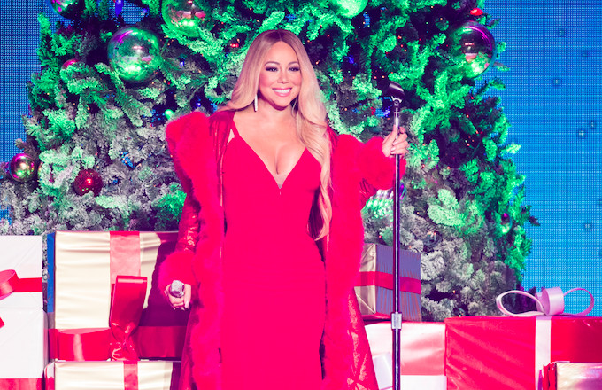 Mariah Carey All I Want For Christmas.Mariah Carey S All I Want For Christmas Smashes Spotify