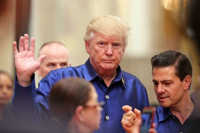 Donald Trump and Enrique Pena Nieto ahead of the Asia-Pacific Economic Cooperation Summit