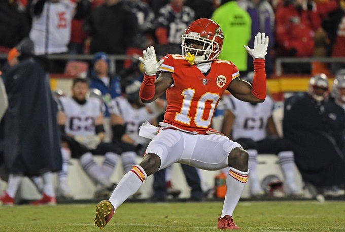 newest 660d5 b5e84 Tyreek Hill Denies Child Abuse Charges in Letter to NFL ...