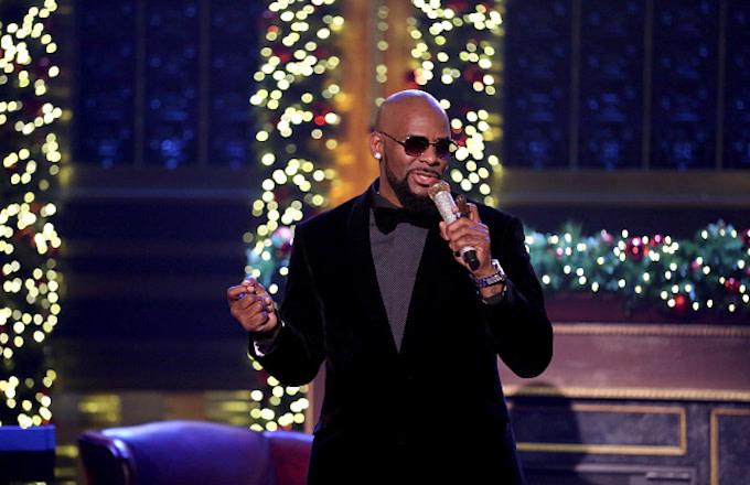 R. Kelly performs on December 23, 2016