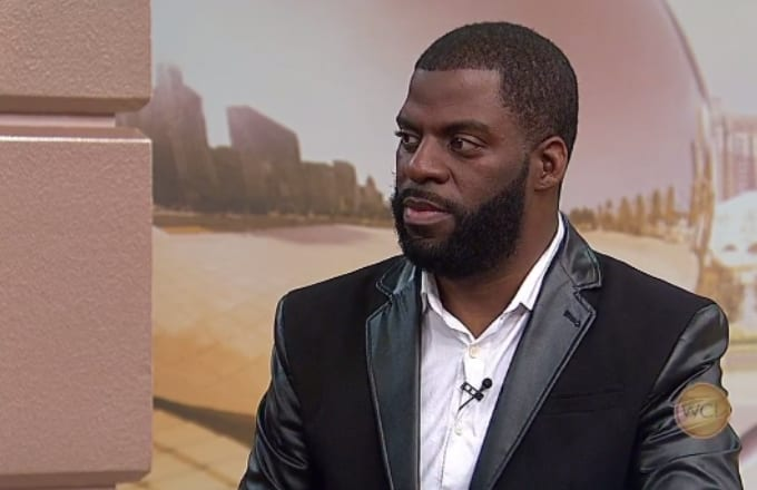 Rhymefest Posts Disturbing Video of How He Was Treated When Trying to Report a Robbery news