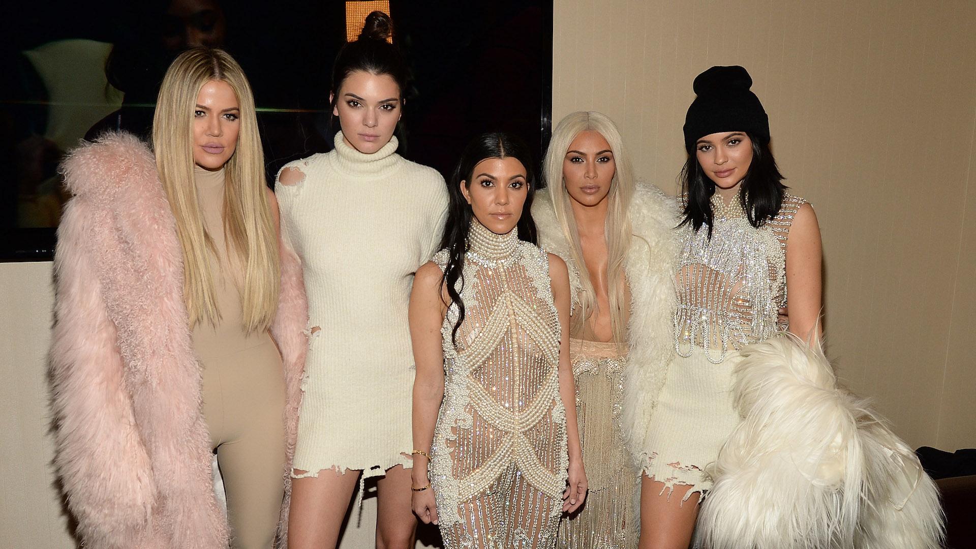 Here's What Led to Kim and Kourtney Kardashian Fighting on 'KUWTK'