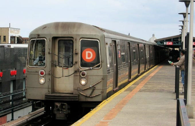 Nyc Subway Train Turns Chaotic After Woman Unleashes