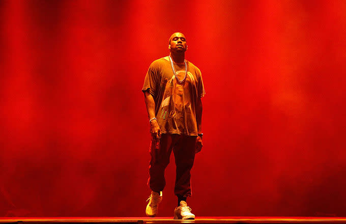 Kanye West Tucks the Theatrics and Throws His Fans a Big Party on the Saint Pablo Tour news
