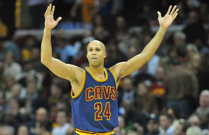 Cavs Player Richard Jefferson Forces Restaurant Patrons to Repeatedly Listen to 'Thong Song' news