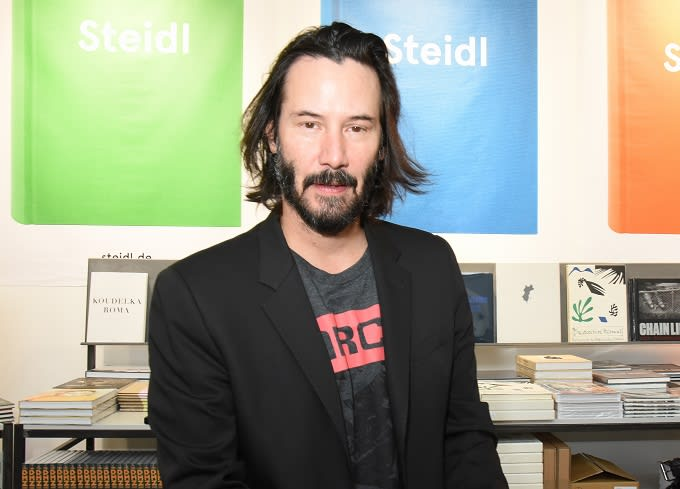 Keanu Reeves Isn't Interested in Playing Any Superhero But ...