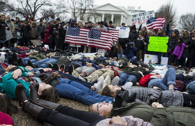 Demonstrators supporting gun control reform