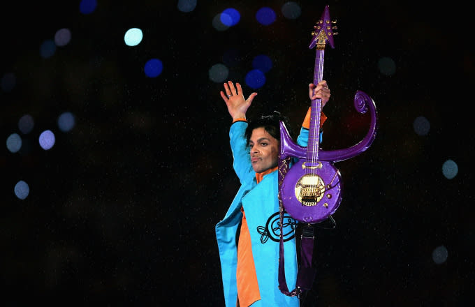 Petition calls for Prince to replace Christopher Columbus statue