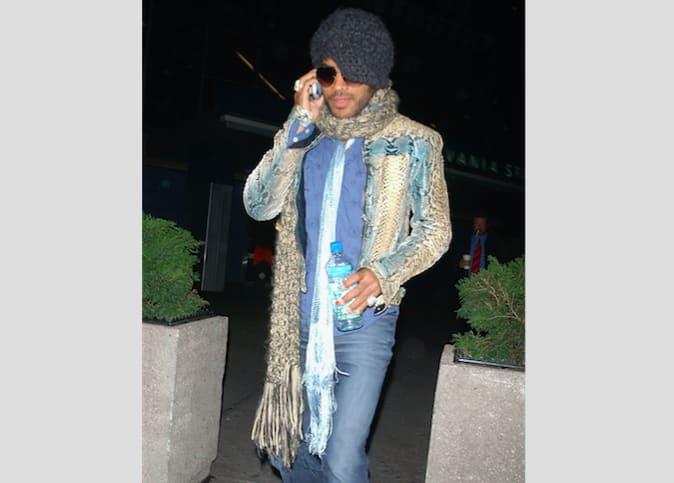 25-things-men-should-never-wear-big-scarf