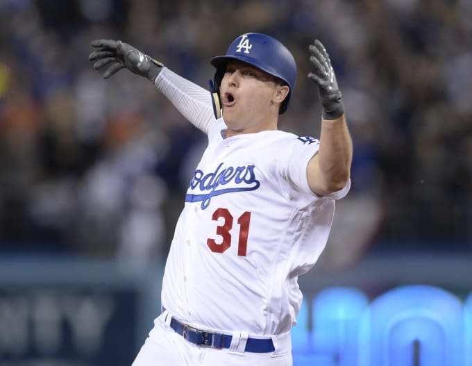 Joc Pederson Dodgers Home Run Game 6 2017