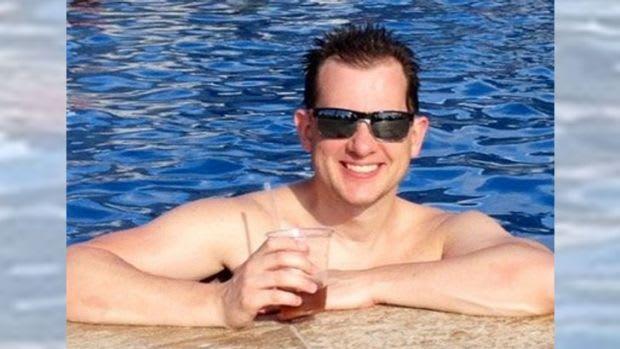 Nigel gohl dating sim