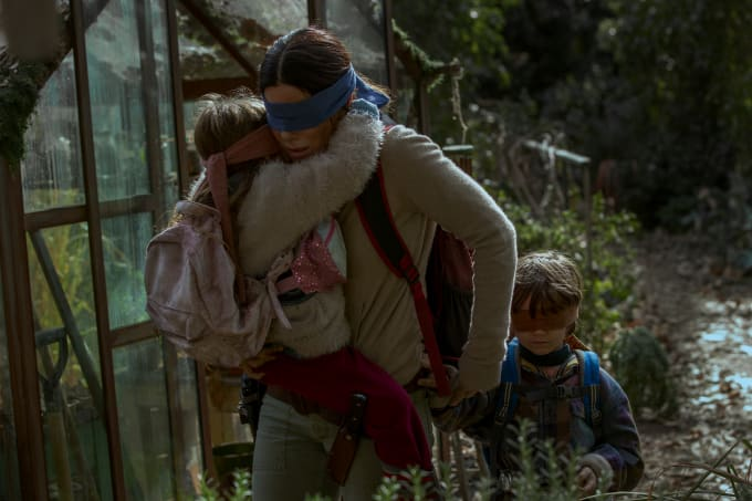 Vivien Lyra Blair, Sandra Bullock, Julian Edwards in Netflix's 'Bird Box'