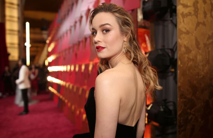 Here S A First Look At Brie Larson As Captain Marvel Complex