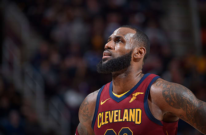 36bb6c3cda9f LeBron James Flexes His Musical Tastes With Special Apple Music Playlist