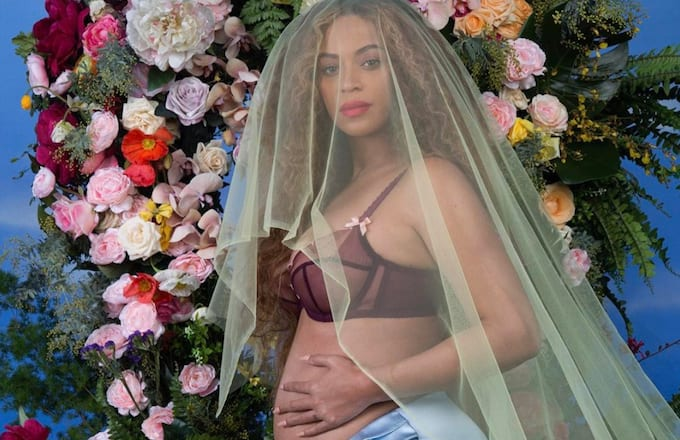 Beyoncé announces twins on Instagram