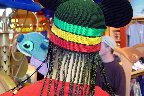 25-things-man-shouldnt-wear-cultural-appropriation