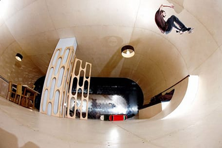 skatepark-meets-home-at-the-pas-house