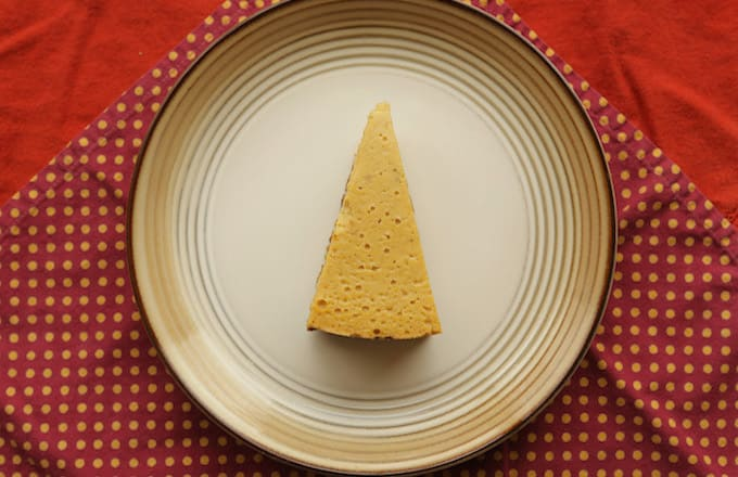 A cheesecake.