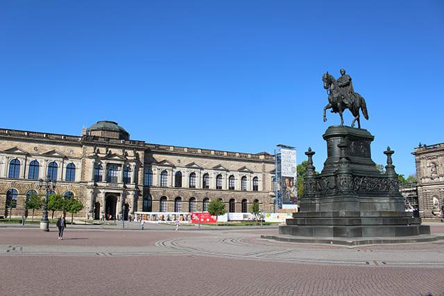 The Semperoper - opera house of the Sachsische Staatsoper Dresden in Dresden, Germany