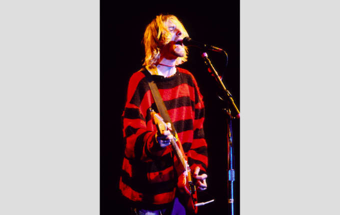 90-greatest-90s-fashion-striped-sweaters