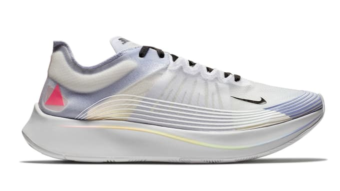 outlet store 92cd2 0879f Nike Zoom Fly