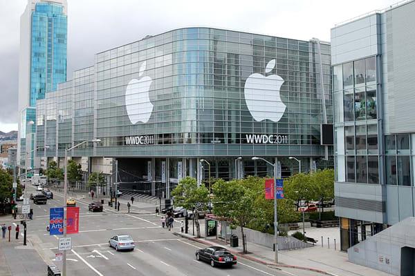 most-iconic-brand-logos-apple
