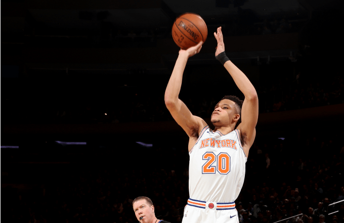 Kevin Knox #20 of the New York Knicks shoots the ball