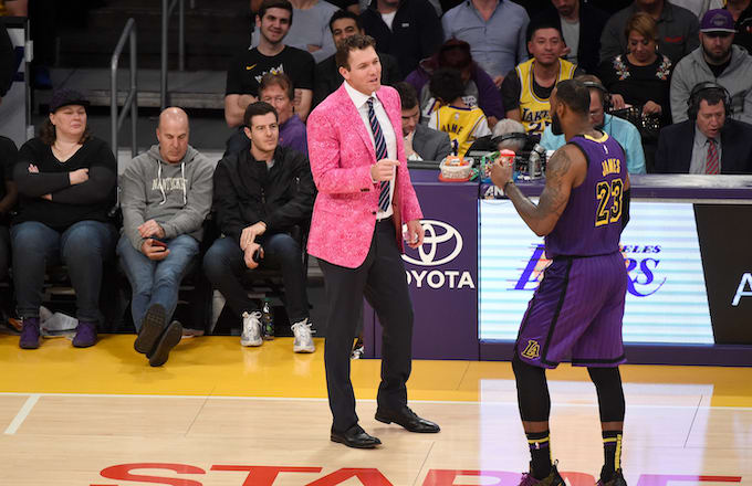 62fd5ebbd19 LeBron James  Camp Reportedly Wants Luke Walton Out