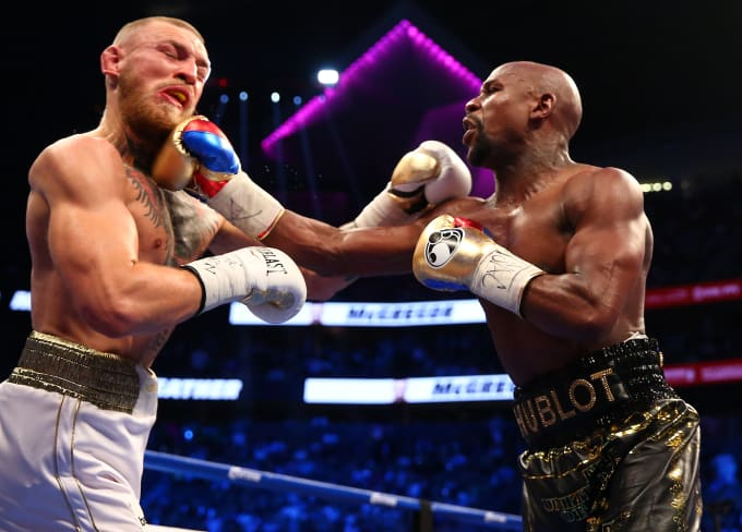 http://images.complex.com/complex/images/c_limit,w_680/fl_lossy,pg_1,q_auto/mjqp55tayfpqyqhs0z8t/floyd-mayweather-conor-mcgregor-1-2017