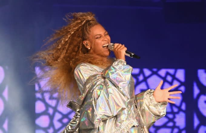 Beyonce fake body