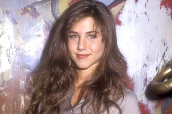 famous-actresses-start-horror-jennifer-aniston