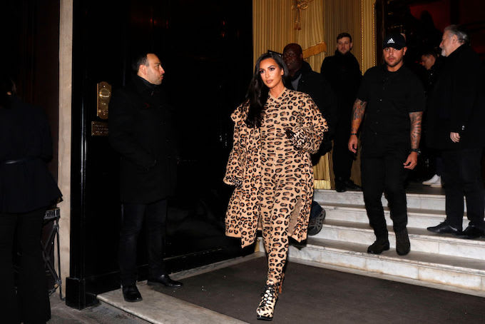 6fec995e1b390 Kim Kardashian to Pay Former Inmate s Rent for Five Years