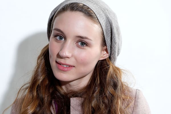 famous-actresses-start-horror-rooney-mara